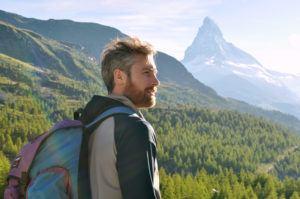 Wandern in der Schweiz mit Berg Matterhorn